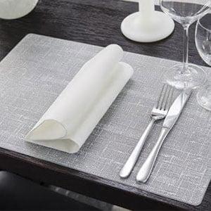 Salvete i dekoracija stola